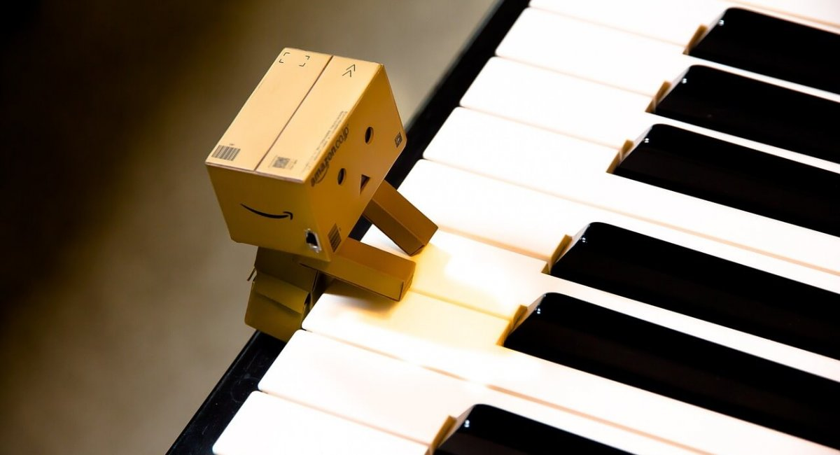 petit pianiste en carton